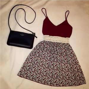 Flowery burgandy top